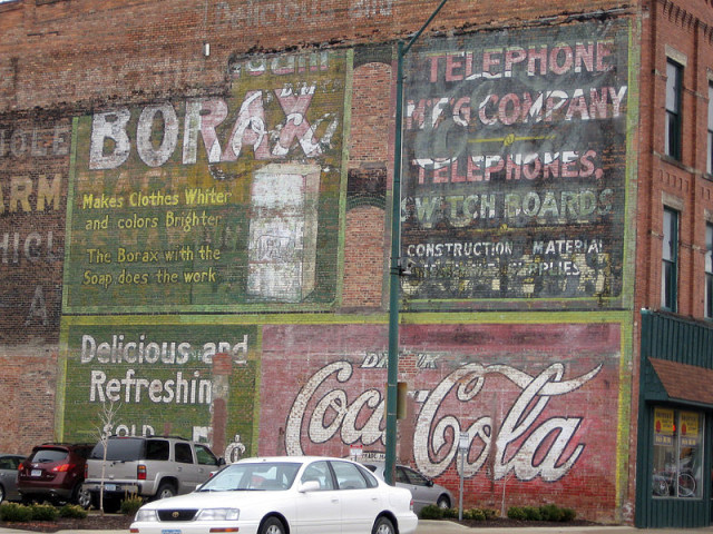 Ghost-signs-in-Fort-Dodge-Iowa.-640x480